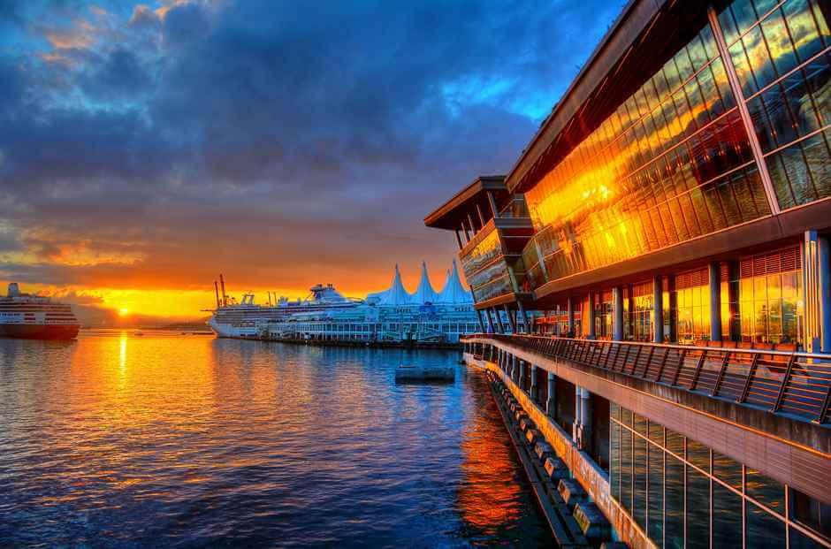 Sunrise in Vancouver © Copyright tdlucas5000, Flickr