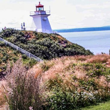 Der Leuchtturm am Cape Enrage an der Bay of Fundy in New Brunswick © Copyright Monika Fuchs, TravelWorldOnline