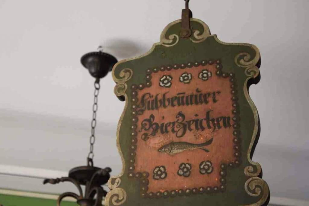 Das Lübbenauer Bierzeichen im Dorfgasthof © Copyright Monika Fuchs, TravelWorldOnline