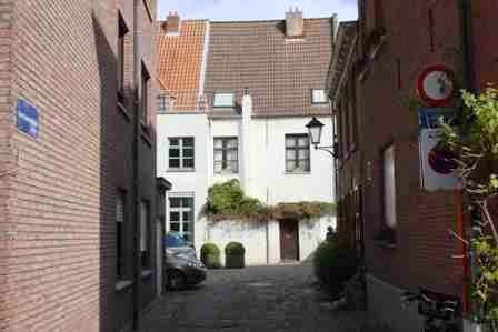 Small beguinage