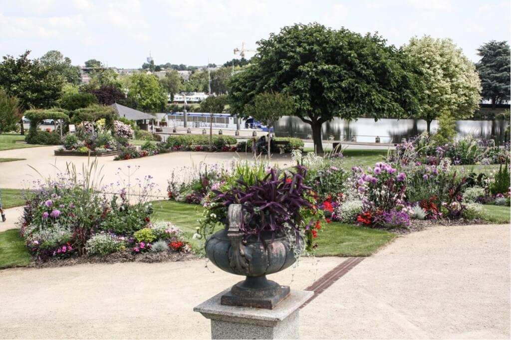 Garten am Square de Frome in Château-Gontier