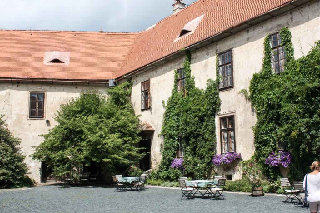 The castle courtyard of Burg Bernstein