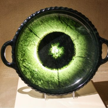 Green bowl made of precious turpentine by Otto Potsch