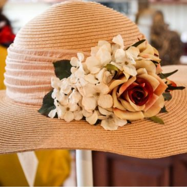 Chic women's hat with flowers