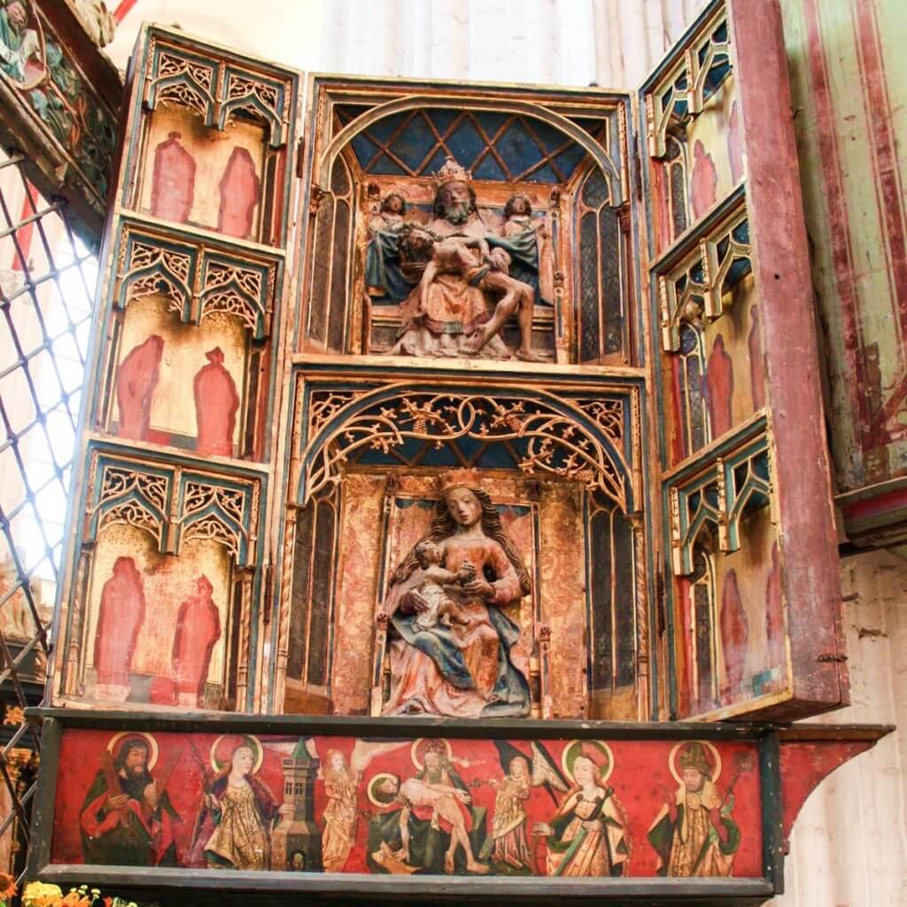 Der Schneideraltar aus dem 15. Jahrhundert