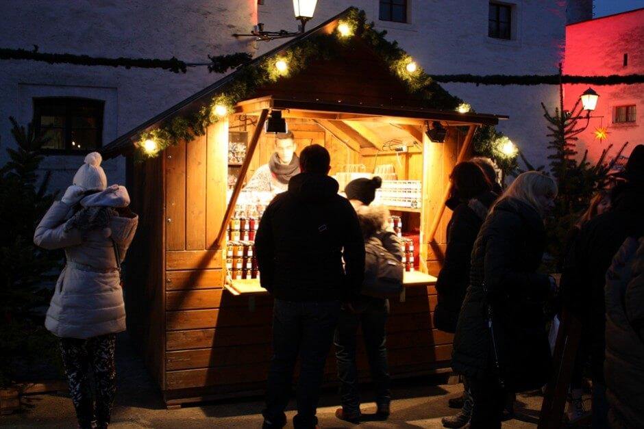 Weihnacht auf der Festung Hohensalzburg - Warm eingepackt über den Adventsmarkt auf der Festung Hohensalzburg bummeln