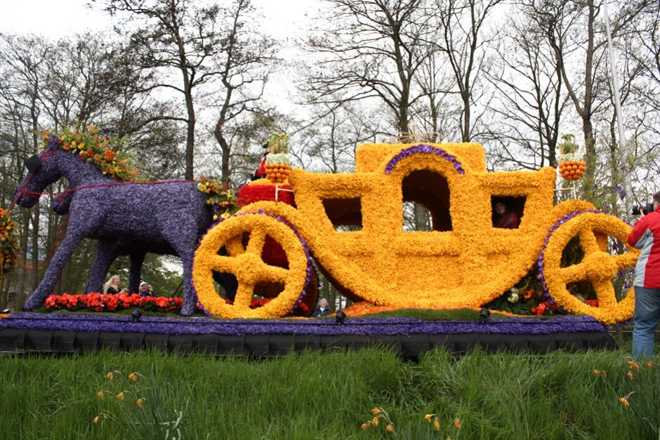 The royal car on the move
