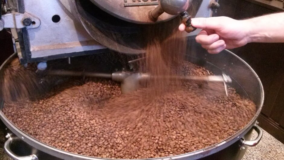 Pure enjoyment - freshly roasted Arabica coffee from the Caffee roasting plant