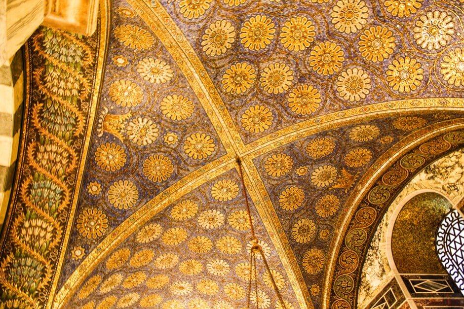 Wunderschön - die Mosaiken im Dom zu Aachen