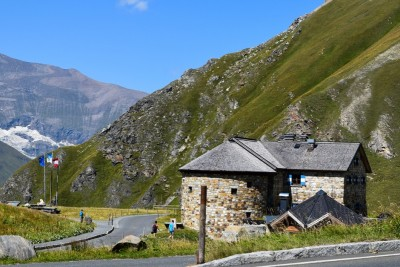 Enjoy nature in Haus Alpine Naturschau there is information about the high mountains