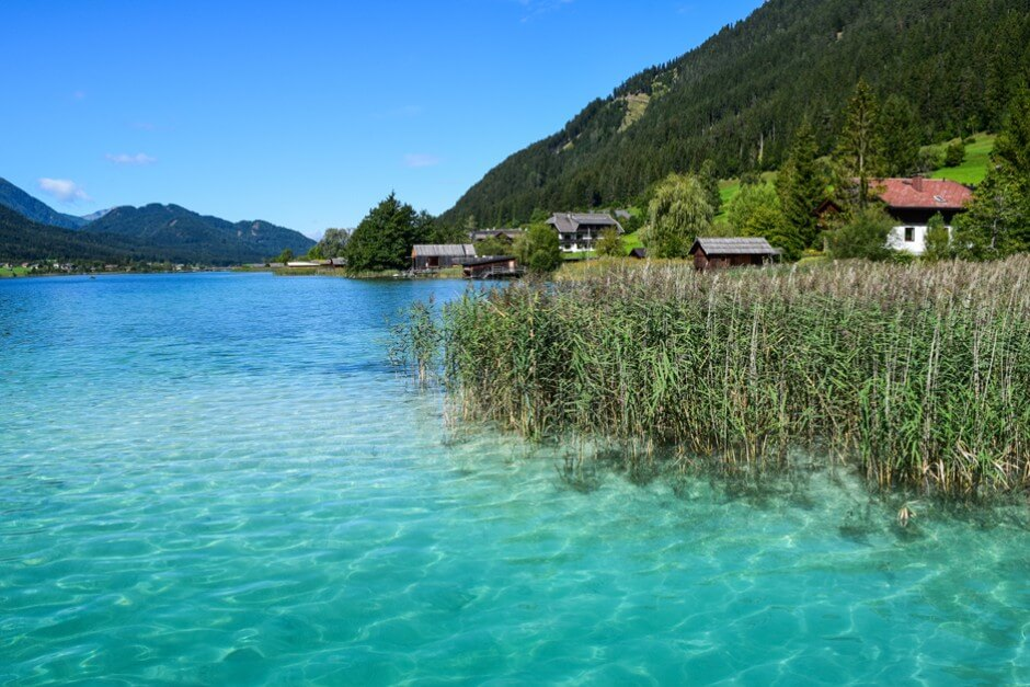 Crystal clear and shallow - on the banks of the lake