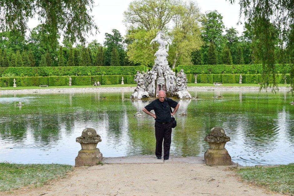 Petar auf unserem Spaziergang durch den Rokokogarten Veitshöchheim
