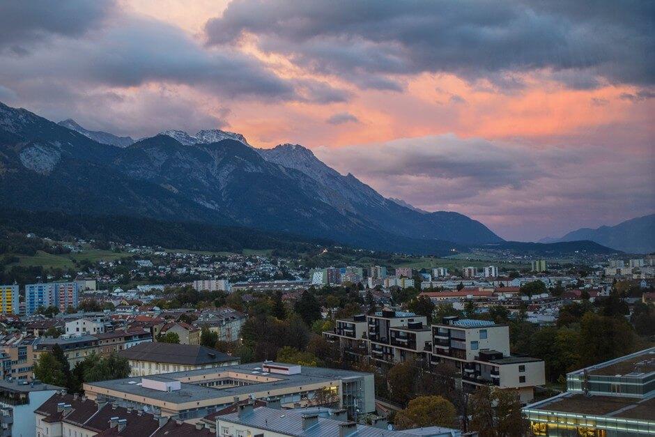 Abendrot über der Nordkette der Alpen