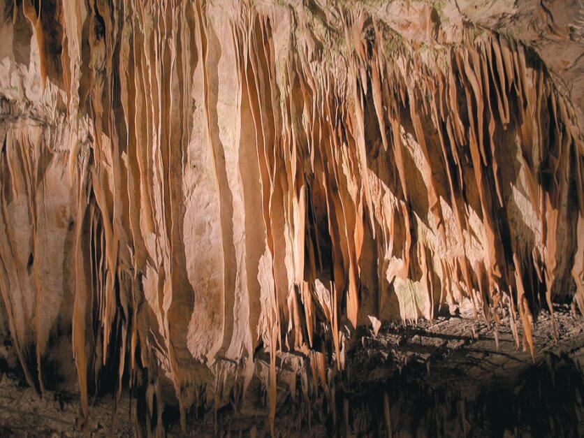 Kalksteinformationen in Postojna