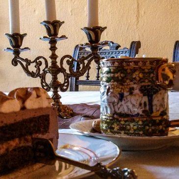 Heiße Schokolade im Burgcafé in Bad Belzig