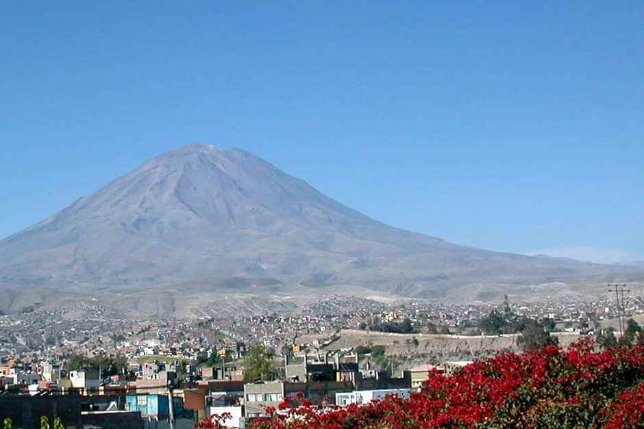 Arequipa in Peru © Gustavo M, Flickr 2.0 Generic (CC BY 2.0)