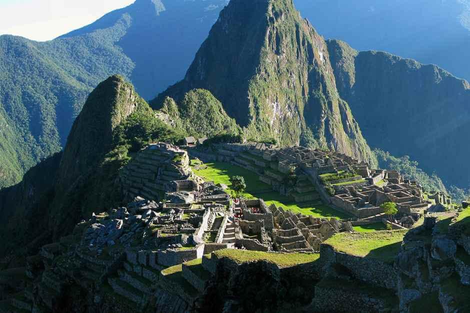 Machu Picchu in Peru © Bill Damon 2-0 Generic (CC BY 2-0)