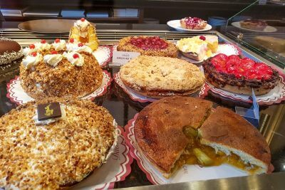 Cake selection in the old Aachen coffee shops