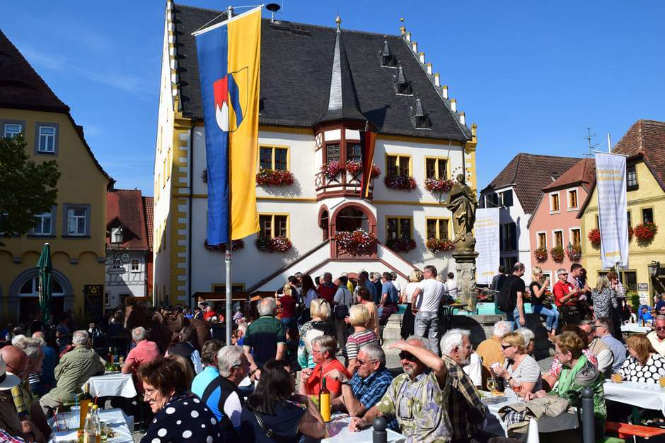 Volkach Wine Festival for a wine weekend at the Mainschleife Wine towns in Franconia