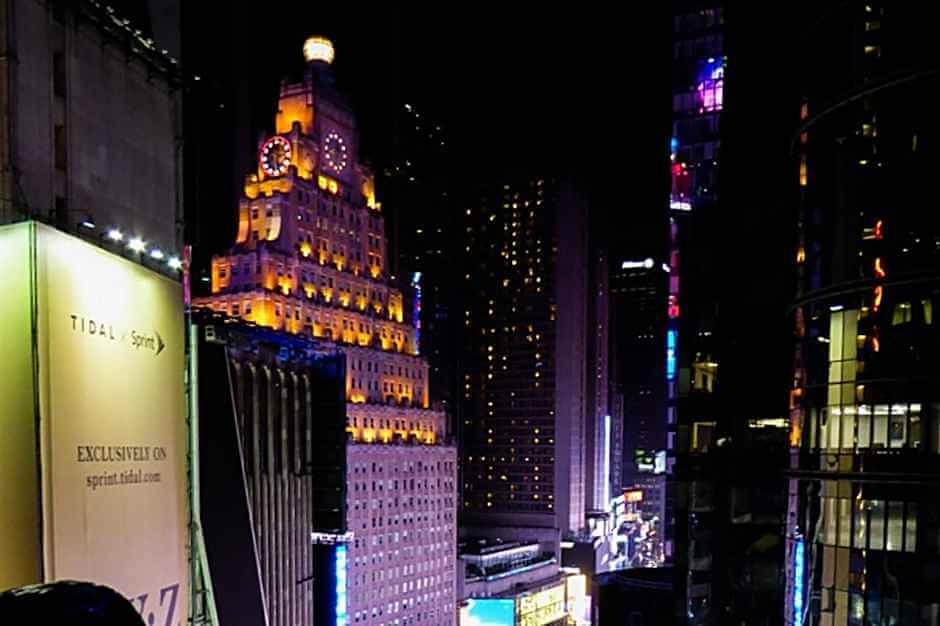 Roof Top Bar on Times Square