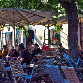 Restaurants and cafes in Ljubljana on the riverbank
