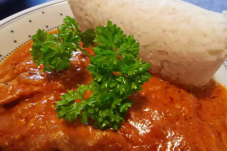 African food - African stew with peanut sauce