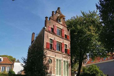 Brick Buildings - Hollands Beautiful Cities - Hanseatic Cities in Holland