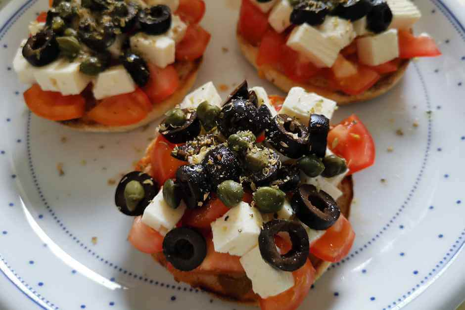 Recipes from all over the world for specialties from all over the worldDakos Crete recipe